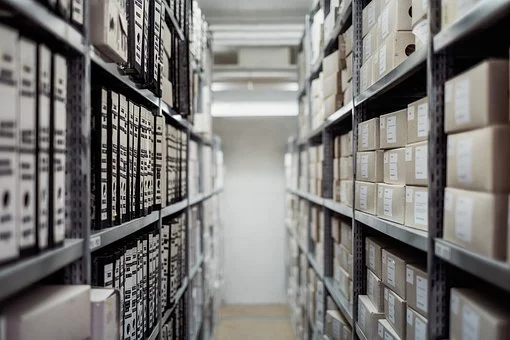 Spațiul de depozitare a arhivei este insuficient sau inadecvat? Firma noastră vă poate ajuta!